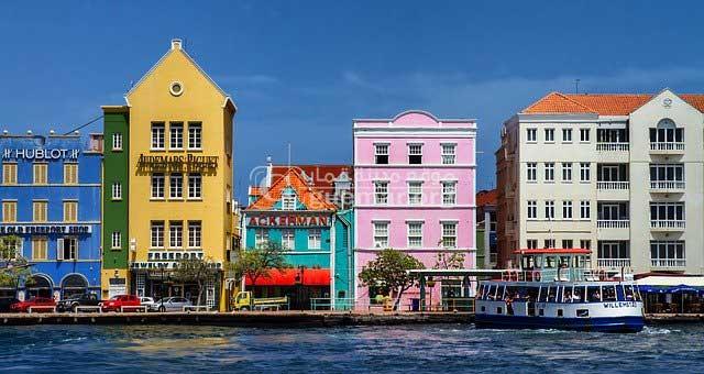 مدينة قمار تشق طريقها نحو المدن الملونة